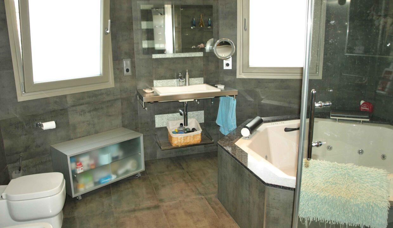 11-Bed-9-Bath-VILLA-For-Sale-in-DENIA-ref-G-2000-11