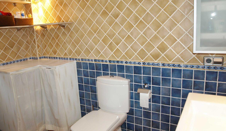 11-Bed-9-Bath-VILLA-For-Sale-in-DENIA-ref-G-2000-41