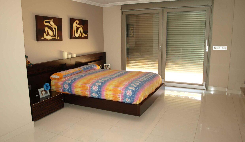 11-Bed-9-Bath-VILLA-For-Sale-in-DENIA-ref-G-2000-9